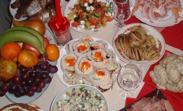 Дієтолог розповів, як правильно скласти новорічне меню і поєднувати страви між собою